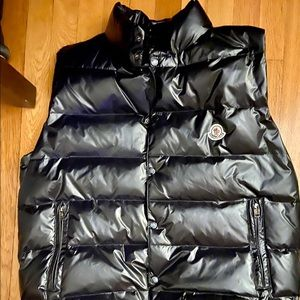 AUTHENTIC MONCLER TIB VEST—ONLY BEEN WORN 3 TIMES